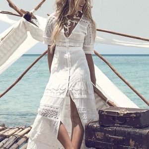 Swap? Sahara Lace Maxi Gown